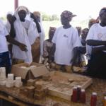 dotando a la cooperativa local Paysans sans Frontières de la infraestructura necesaria para poder hacer cursos de formación e intercanvio de conocimientos que favorezcan el desenvolupamiento de la agricultura y ganaderia local.