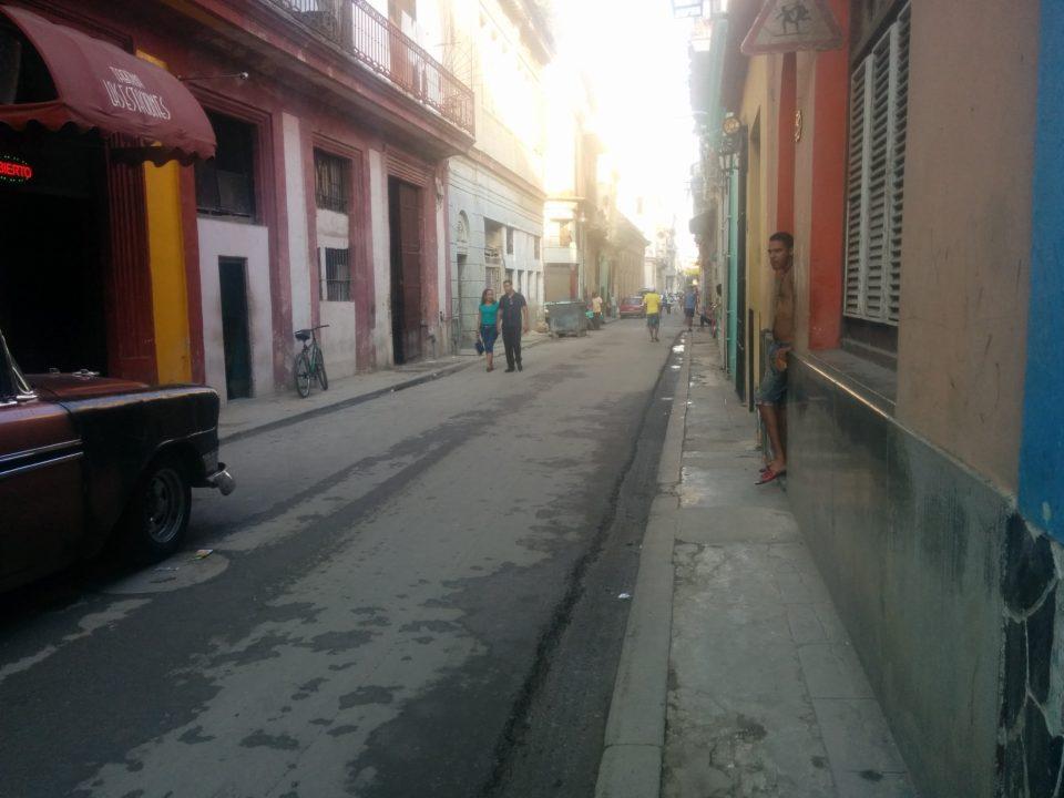 mejorar de forma integral la accessibilidad en entornos urbanos patrimoniales del centro histórico de La Habana, conjugando el respeto a los valores culturales y patrimoniales de los mismos con las necesidades de la población.