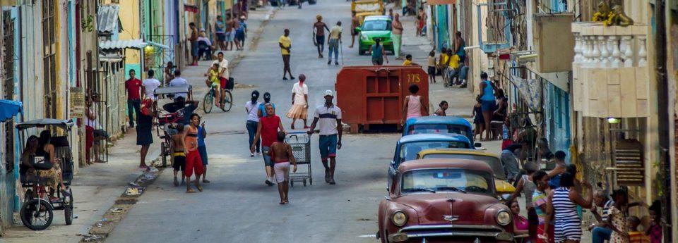 incrementar el fondo de habitages para las famílias del barrio desfavorecido de La Habana que se vieron afectados por la reconstrucción del edificio de la calle Barcelona 55. Se necesita la creación de 11 nuevos habitages.