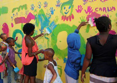 """Pintura y diversión en la """"Praça dos Continuadores"""" de Maputo"""