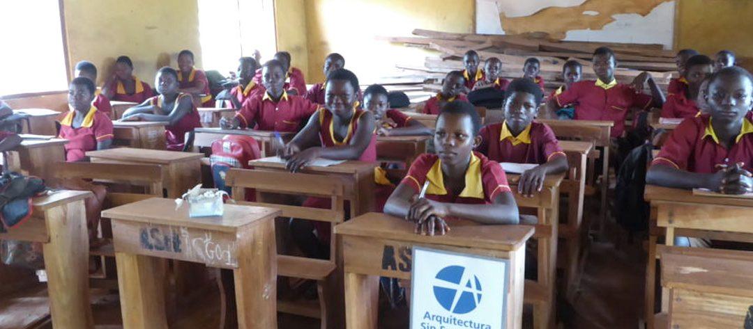 ¡Activo! «Mobiliario para los colegios públicos municipales en el Distrito de Wenchi, Ghana»